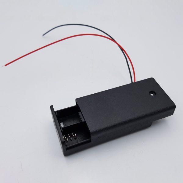 Hộp đế 2 pin AA có nắp và công tắc
