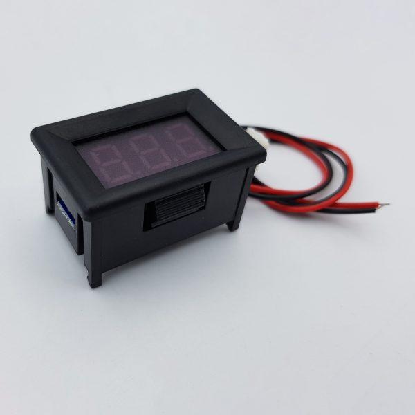 Đồng hồ đo áp DC 30V 2 dây 0.36 inch có vỏ bảo vệ