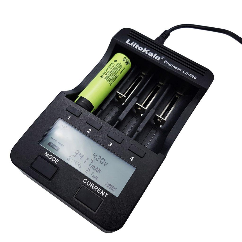 Pin cell Li-on NCR18650B 3400mAh và hộp đế