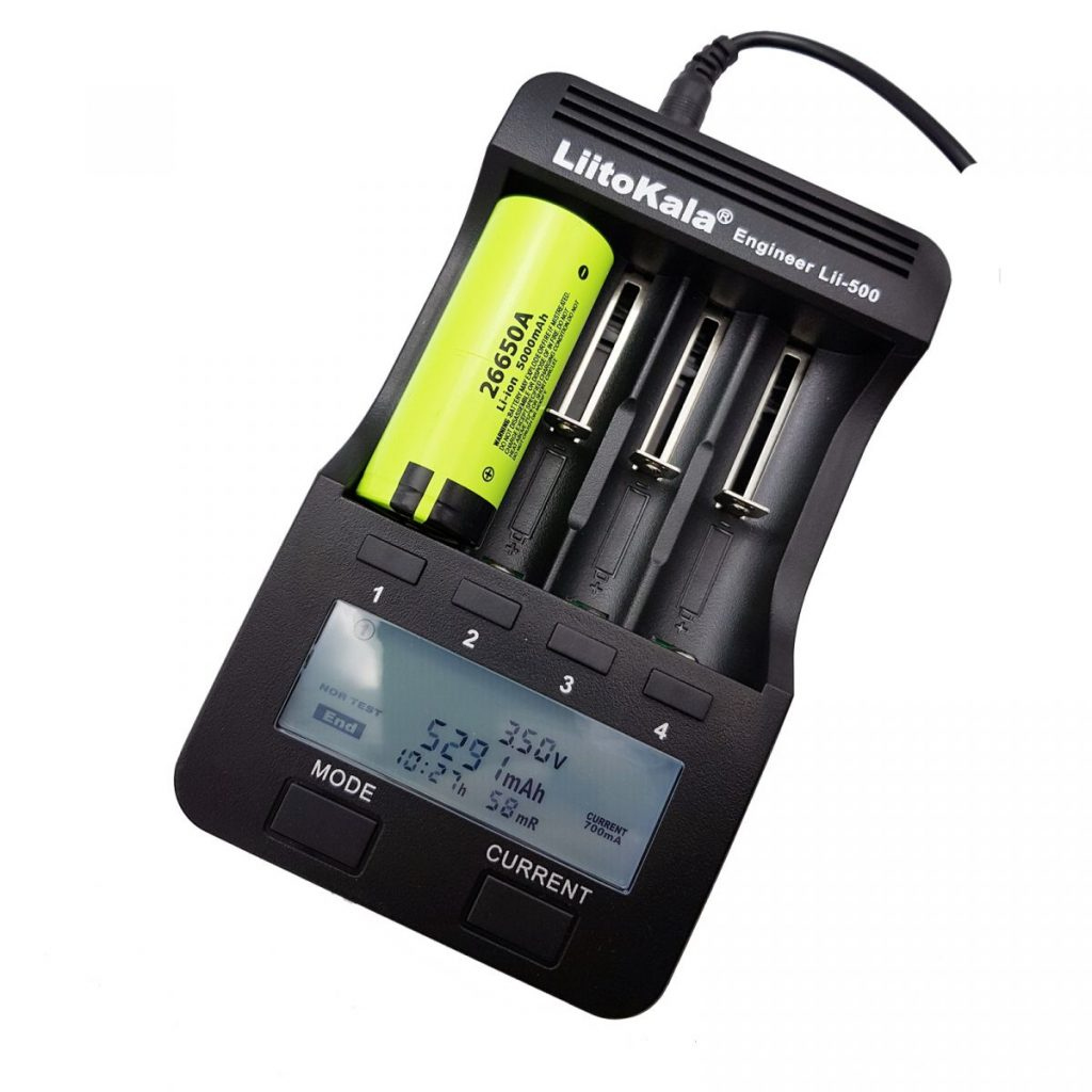 Pin cell Li-on NCR26650A 5000mAh và đế pin