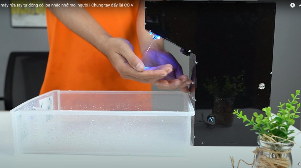 Chế máy rửa tay tự động có loa thông báo